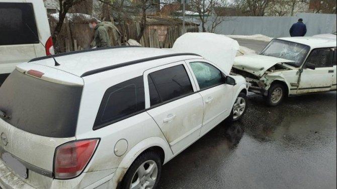 Три человека пострадали в ДТП на улице Делегатской в Брянске