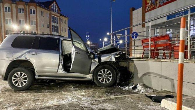 Пытались скрыться от ДПС: в ДТП в Великом Новгороде погибли три человека