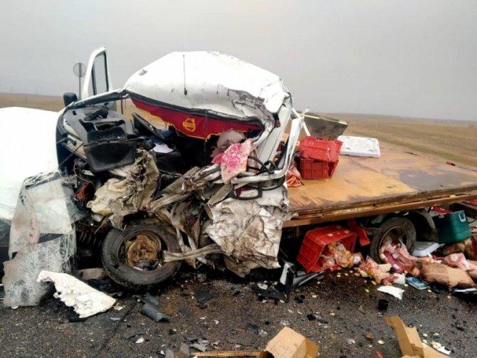 27-летний водитель погиб в ДТП в Енотаевском районе Астраханской области (3)