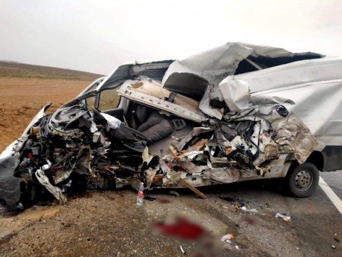 27-летний водитель погиб в ДТП в Енотаевском районе Астраханской области (4)