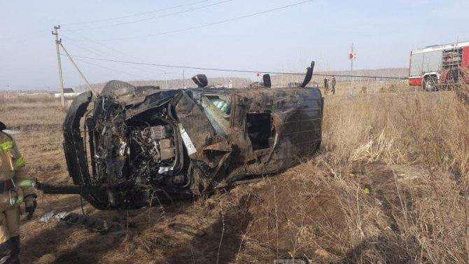 В Челябинской области при опрокидывании «Мерседеса» погиб человек