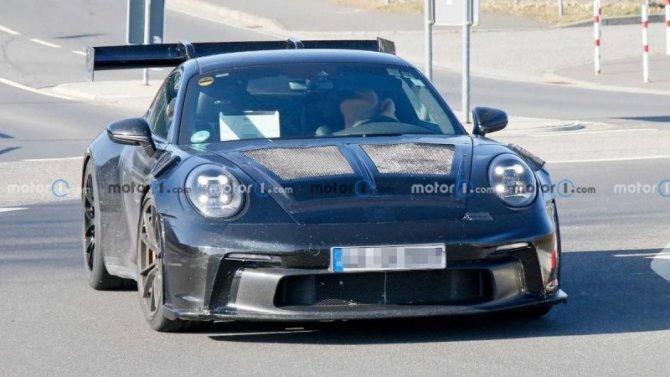 На «Нюрбургринге» появился обновлённый Porsche 911 GT3 RS