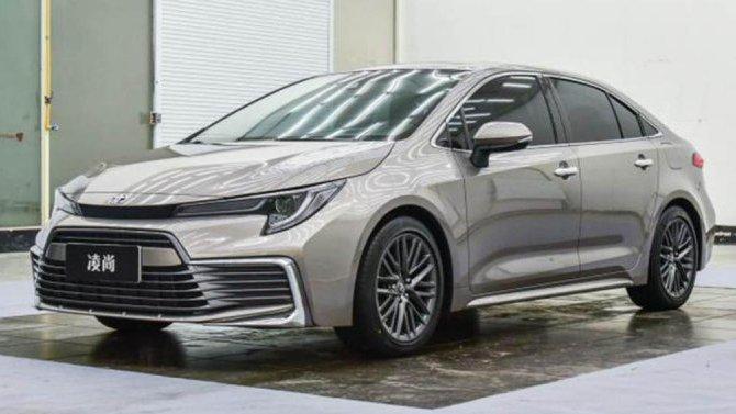 Начались продажи молодёжной версии седана Toyota Corolla