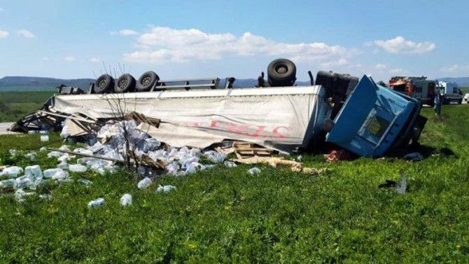 В Крыму в ДТП с грузовиком погиб человек