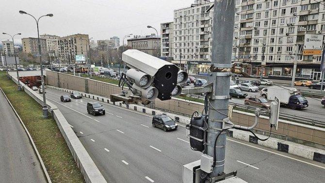 В России предложено изменить систему использования дорожных камер