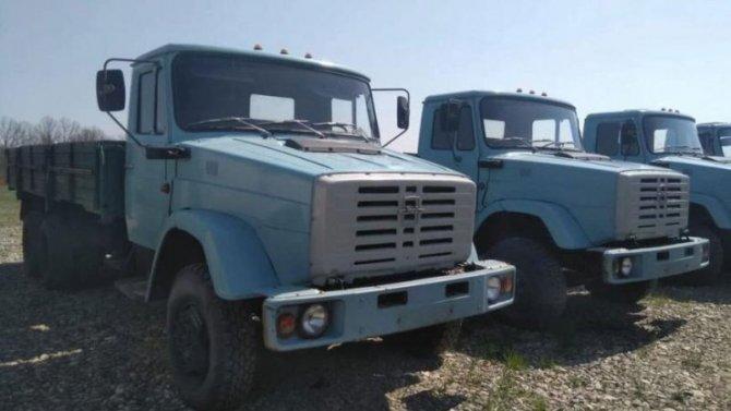 Завода имени Лихачёва нет, ноего новые машины ещё продаются