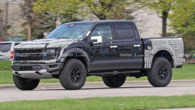 Наиспытания выехал новый Ford F-150 Raptor R