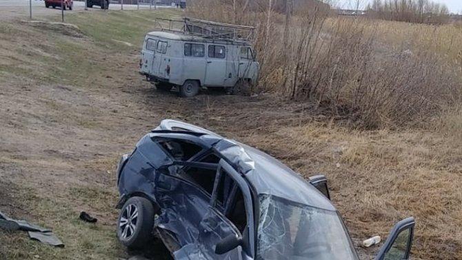 Шесть человек пострадали в ДТП под Омском