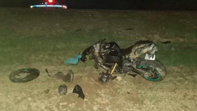 Мотоцикл столкнулся с КамАЗом в Волгоградской области