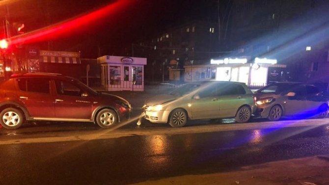 Водитель пострадал в тройном ДТП в Йошкар-Оле