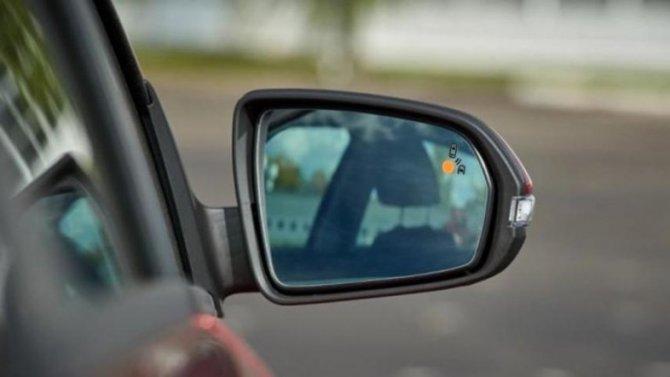Lada VestaFL может получить систему контроля «слепых зон»