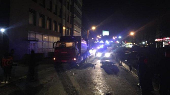 В Ростове в ДТП погибла 15-летняя пассажирка скутера
