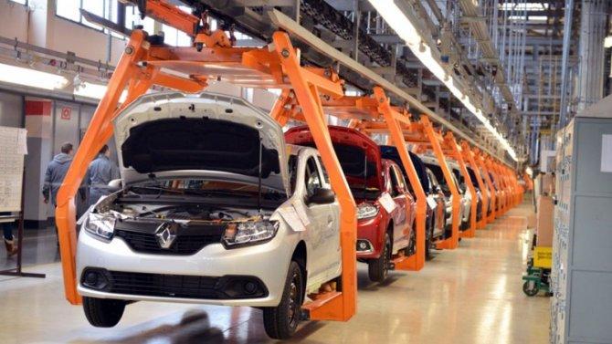 «АвтоВАЗ» остановил сборку двух моделей Renault
