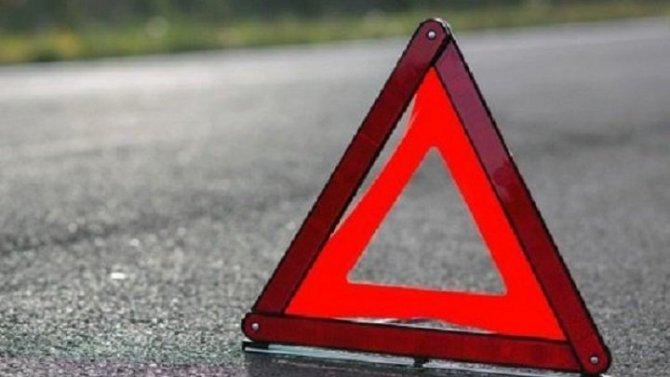 Мужчина и ребенок пострадали в ДТП на улице Курчатова Петербурга