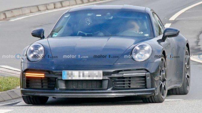 Наиспытания выехала новая версия купе Porsche 911