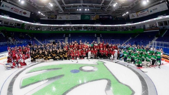 АСЦ Внуково для всех поклонников хоккея сообщает: в минувшую субботу завершились финальные игры Международного юношеского хоккейного турнира «КУБОК SKODA», который в этом году проходил в Уфе с 19 по 24 апреля.