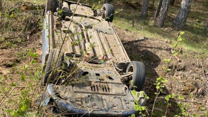 10-летний мальчик пострадал при опрокидывании машины в Тверской области