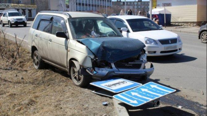 Двое взрослых и двое детей пострадали в ДТП в Магадане