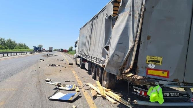 ВРостовской области грузовик столкнул автобус сдороги— есть погибшие среди пассажиров