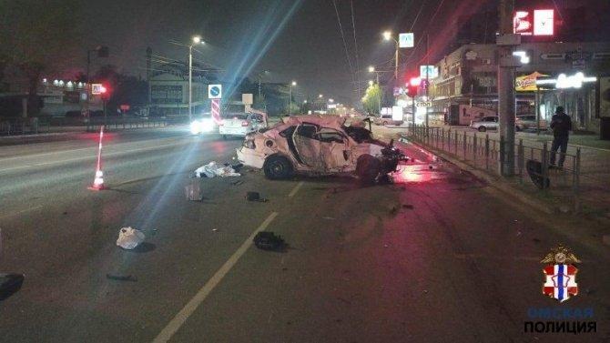 В ДТП в центре Омска погиб водитель