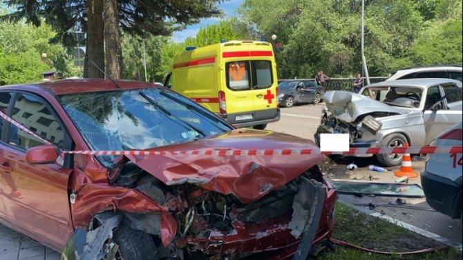 В Кисловодске пьяный водитель отправил двух человек в реанимацию