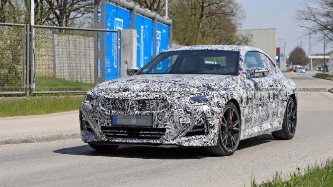 Сфотографирован новый BMW 2-Series Coupe
