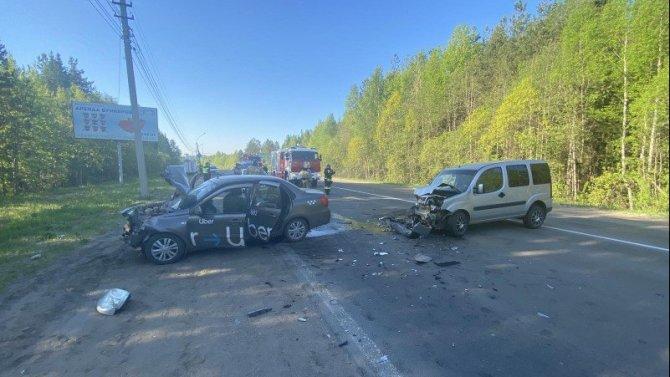 Пассажирка такси погибла в ДТП в Сыктывкаре