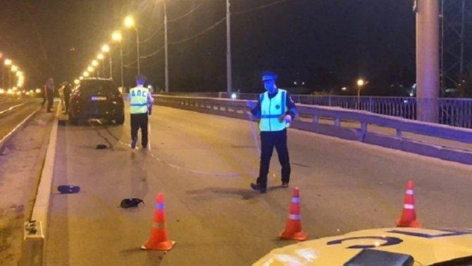 В Екатеринбурге иномарка насмерть сбила молодого пешехода