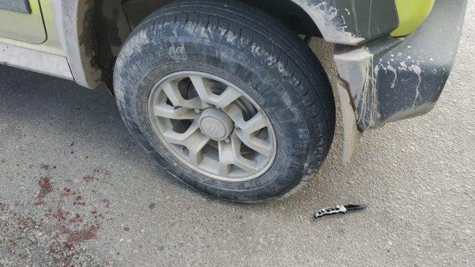 Смерть на дороге от ножа: в Санкт-Петербурге таксисту не понравилось, что его обогнали, и он пошёл к обидчику с ножом