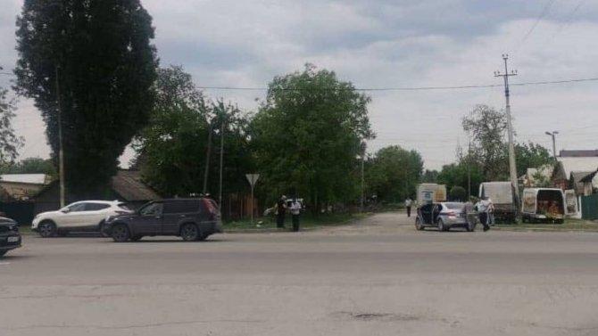 5-летний ребёнок без спроса побежал намороженым вмагазин ипопал под колёса