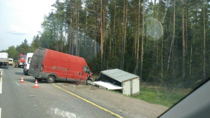 Четыре человека пострадали в ДТП на трассе «Кола» в Ленобласти