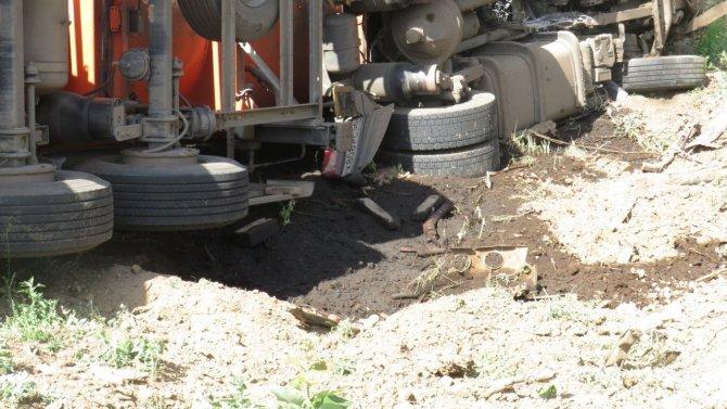 В ДТП с нефтевозом в Ташлинском районе погиб человек (2)
