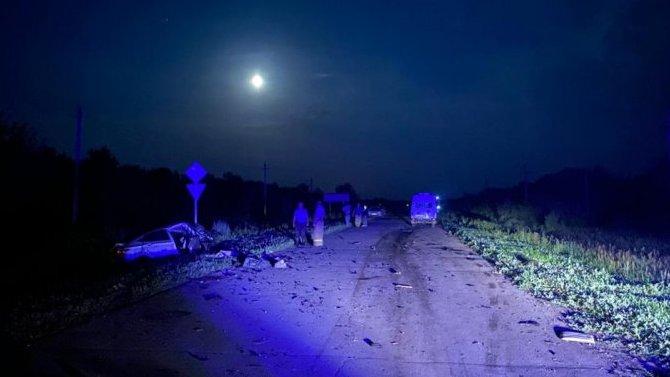 Вночном ДТП вОренбургской области 10 пострадавших, 3 человека погибло