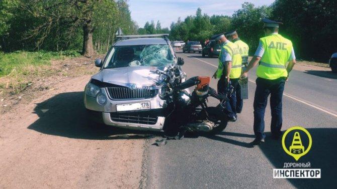 Двое детей на скутере погибли в ДТП в Ленобласти