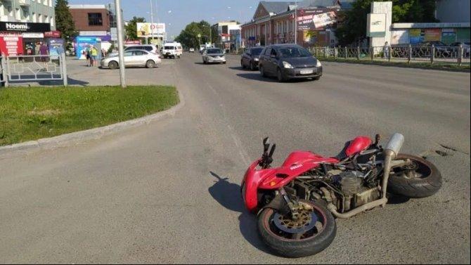 В ДТП в Бердске погиб мотоциклист