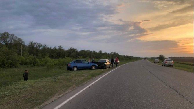Двое взрослых и ребенок пострадали в ДТП в Саратовской области