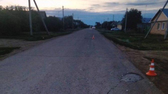 В Оренбургской области водитель сбил двух пешеходов – один погиб