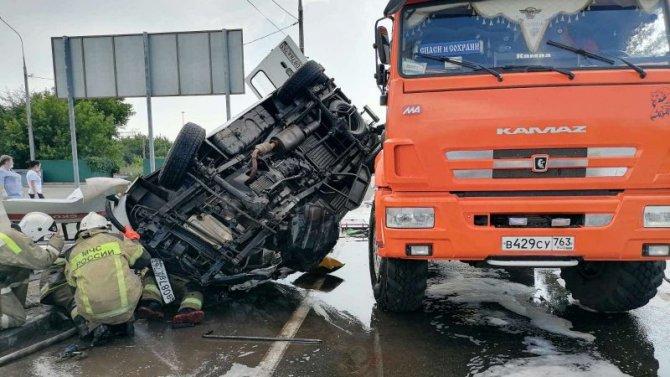 Под Самарой произошло ДТП сучастием «Скорой помощи»— пятеро вбольнице, водитель погиб