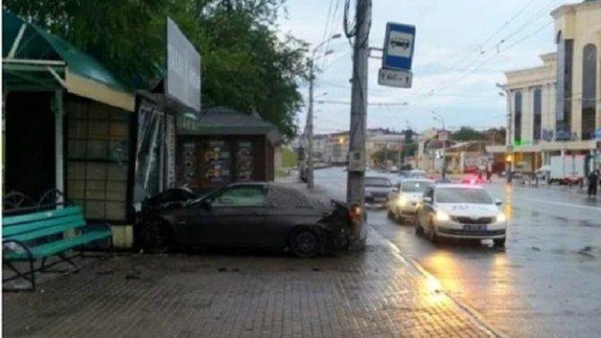 В Астрахани автомобиль насмерть сбил пешехода