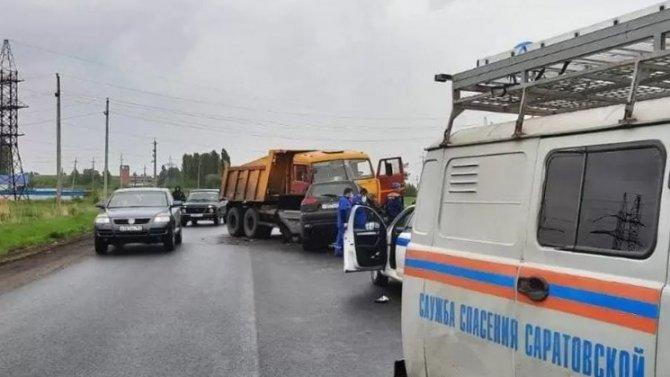 Водитель иномарки погиб в ДТП в Балашовском районе Саратовской области