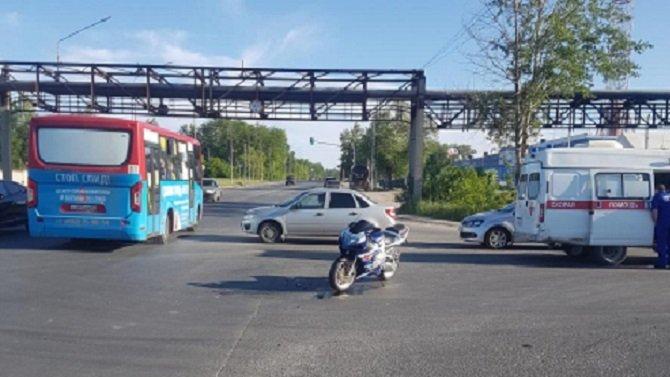 Мотоциклист пострадал в ДТП в Рязани