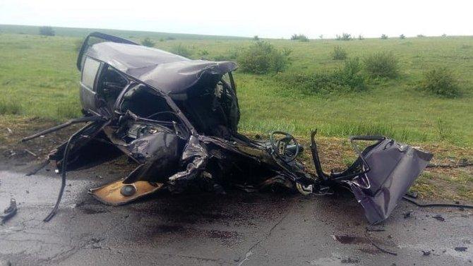 Два молодых человека погибли в ДТП в Волгоградской области