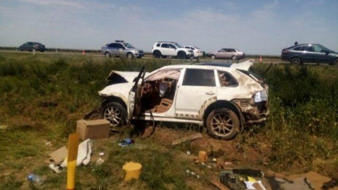 Водитель иномарки погиб в ДТП в Ремонтненском районе Ростовской области
