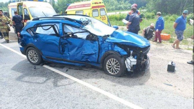 Трое взрослых и ребенок пострадали в ДТП в Саратовской области