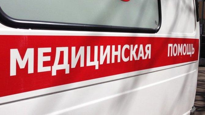 В Астрахани ВАЗ сбил женщину и врезался в иномарку