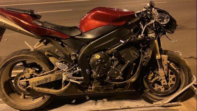 Мотоциклист с пассажиром пострадали в ДТП в Самаре