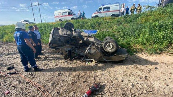 В ДТП в Ростовской области погиб водитель ВАЗа
