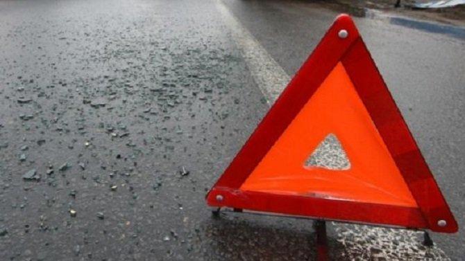 В Приморском районе Петербурга иномарка опрокинулась на крышу