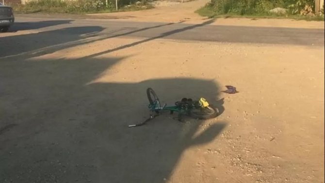 В Кыштыме автомобиль насмерть сбил 7-летнего велосипедиста