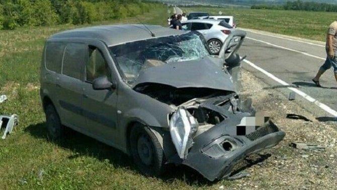 Три человека серьезно пострадали в ДТП в Татарстане